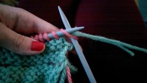 beanie_knit_main_colour_step2